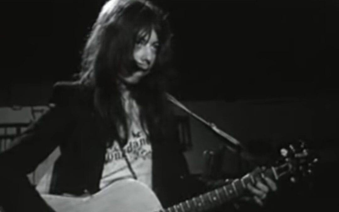 Too Much Too Soon – See Dave Stewart in this early Longdancer TV Appearance from 1973