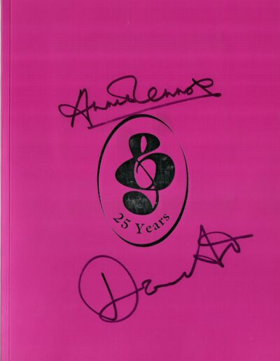 Programme : 2000-06-30 – Eurythmics – 25th Silver Clef Luncheon from The UK ID: 2411